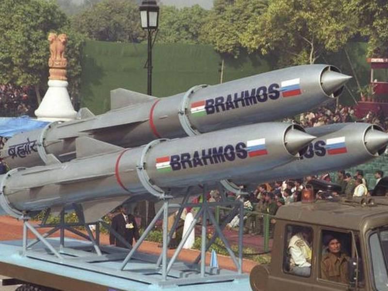 anil chopra, air power asia, Weapons, BrahMos